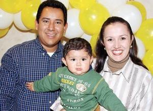 Heriberto Gutiérrez y Anel Trasfí de Gutiérrez festejaron a su hijito Heriberto Gutiérrez Trasfí con motivo de su primer año de vida.