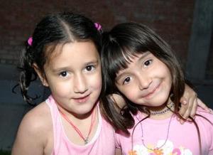 Marla Chaman y Alejandra Frausto.