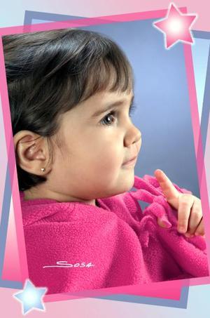 Ana Cecilia Alamada Díaz de Rivero; es hijita de los señores José Almada y Ana Claudia de Rivera de Almada.