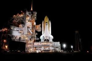 La misión 114 STS del Discovery bajo el control de Collins, contará con el piloto James Kelly, y los especialistas Charles Camarda, Wendy Lawrence, Andy Thomas y el astronauta japonés Soichi Noguchi.