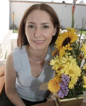 Angélica Aceves Miramontes, contraerá nupcias con Robin Guzmán  Méndez.