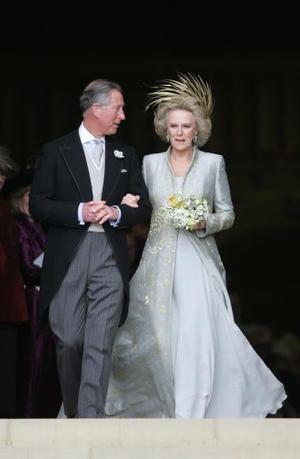 Rowan Williams también bendijo los anillos de la pareja, fabricados con oro del País de Gales.