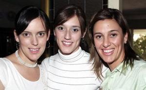 Cristina Sánchez con sus hermanas, Marala Sánchez de Garza y Ana Isabel Sánchez de Raijosa