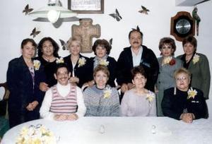 10 de abril  Reunión de ex alumnos del Instituto Latinoamericano