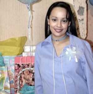 Leyla Maldonado Gallegos disfrutó de una fiesta de canastilla.