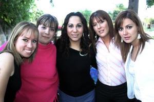 Alina Amwzcua, Heidi Lazarín, Bety Vega, Paty Chapa y Karla Zúñiga.