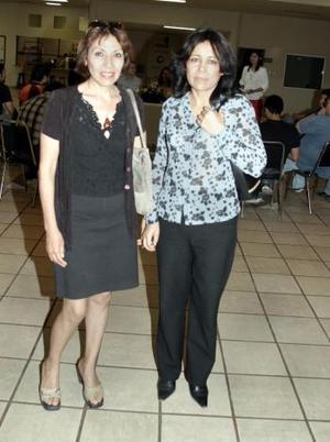 Lourdes Ortiz y Guillermina Beltrán.