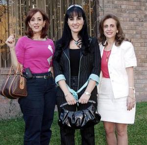 Linda Zarzar, Gaby Herrera y Katia Zarzar.
