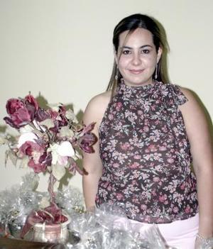 11 de abril  Rosario Chaib López Romo, captada el dí de su despedida de soltera por su próximo matrimonio con Luis Carlos López Martínez
