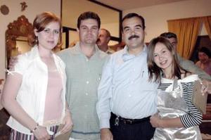 Naima Murra de Mexsen, Camila Mexsen, Astrid Izaguirre y Fernando Orozco.