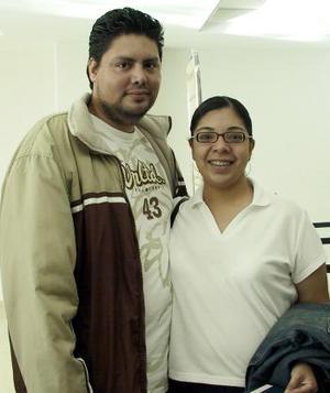 Ramón Sandoval y Fabiola viajaron a Brasil.