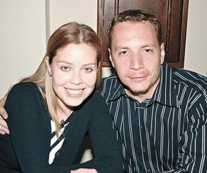 Erika González-Rubio y Carlos Barbosa