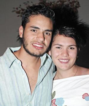 Diego del Valle y Mariana Padilla