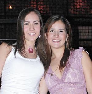 Daniela Martínez y Mariana Peña