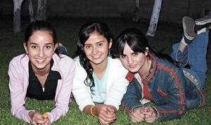 Valeria Rivera, Mónica García y Paola Garza