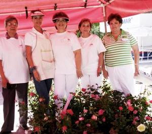 Rebeca Nahoul, Coco Rentería, Lupita Lara, Martha del Río y otra dama.
