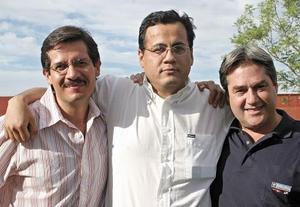 Manuel González, Julián Mejía y Fernando Royo