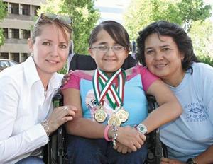 Ruth Izquierdo. Nadia y Consuelo Martínez