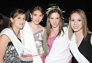 Meche, Imelda, Claudia y Clarissa