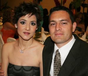 Eliana Ortega Calderón de Rosales y Marco A. Rosales Díaz Rivera.