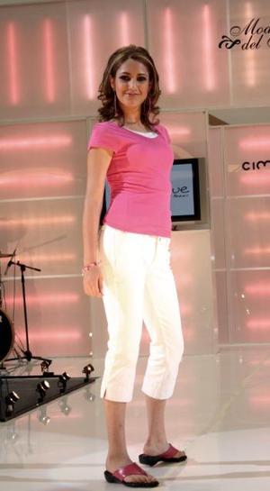 Las concursantes fueron seleccionadas previamente a través del sitio oficial de Cimaco, en el que se lucieron como Modelo del Mes.  <p> Rocío López ganadora del reconocimiento como Señorita Simpatía.