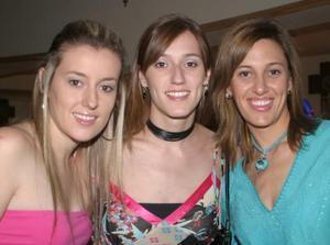 Laura, Cristina y Ana Sánchez Von Bertrab.