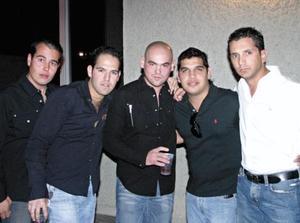 Juan Armendáriz, Enrique Albeniz, Adrián Ortiz, Vicente Valles y José Antonio Flores