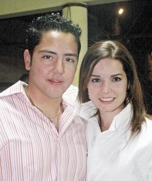 <I>Fiesta llena de juventud</I><P>Hector Jaime y Luisa Espada