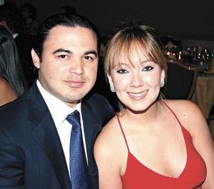 Chuy Villarreal y Jaqui Montes