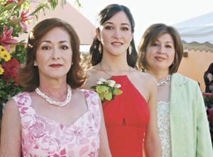 Virginia García de Ibargüengoytia, Vicky Ibargüengoytia García y Guadalupe Rebollo de Murra