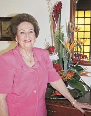 <I>Acompañada de sus hijos y nietos, festejó cumpleaños</I><P>Yolanda Attolini de Estrada