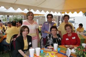 Martha Amarante de Pérez Aguilera, Chiquis Amarante de Lamberta, Ana Catalina Amarante de Madero, Susana Amarante de Cepeda, Angélica Zo de Amarante y Blanca Laura Uribe de Rocha.