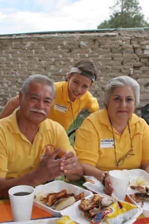 Miguel Gómez Bustos, Gerardo Jesús García Moreno y Lucinda Gómez García Amarante.