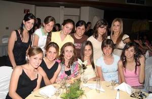 Señora Katia, Luisa Viesca, Abi Calvete, Diana  Zarzar, Anabel González, Ana Vaka, Arantza Díaz, Pamela de la Rosa, Paola Zarzar, Janeth Giacomán y Luisa Parra.