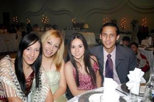 Dulce Contreras, Karina Vallejo, Miriam Díaz y Miguel Briones.