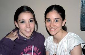 Paola Rubio y Lorena López.