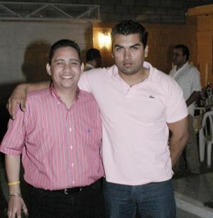 <b>17 de abril </b><p> Víctor Hugo Márquez y Gerardo Romo.