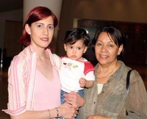 Elva Rodríguez, Verónica Sifuentes y Natalia Albarrán.