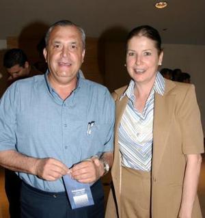 Jorge González y Luz Navarrete.