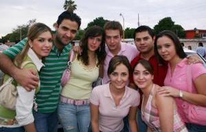 Katia Villarreal, David Portal, Ana laura Quintero, Roberto Villarreal, Paco García, Marcela Lavín, Marcela Albéniz y Paty Lugo