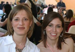 <b>19 de abril </b><p> Salda Peña y Katia Madero.