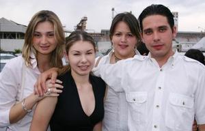 Lucila, Daniela, Rebeca y Fernando