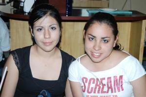 Eva Benítez y Ana Laura Ramírez.j