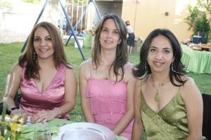 Patricia López, Alejandra López y Tita Álvarez.
