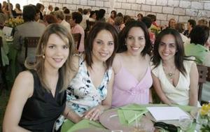 Valeria  Martínez, Maricarmen Martínez, Ale Martínez y Sofía López