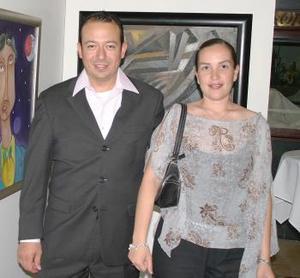 Edmundo Delgado y Marcia Anduaga.