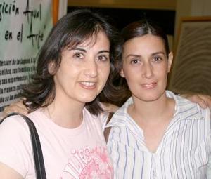 Martha y Silvia Alanís.