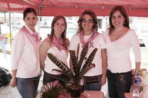 <b>22 de abril</b><p> Rocío de Pérez, Brenda de Necochea, Valeria de González y Alejandra de Necochea.