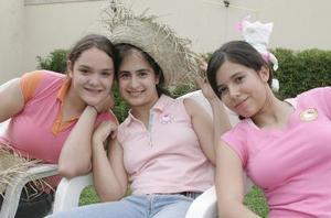 Kristi Arroyo, Andrea Llamas y Noelie Cabello.