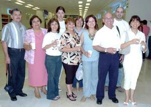 Agustín Cabral viajó al DF y fue despedido por la familia Cabral Martell.